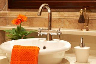 トイレ掃除の基本と裏技